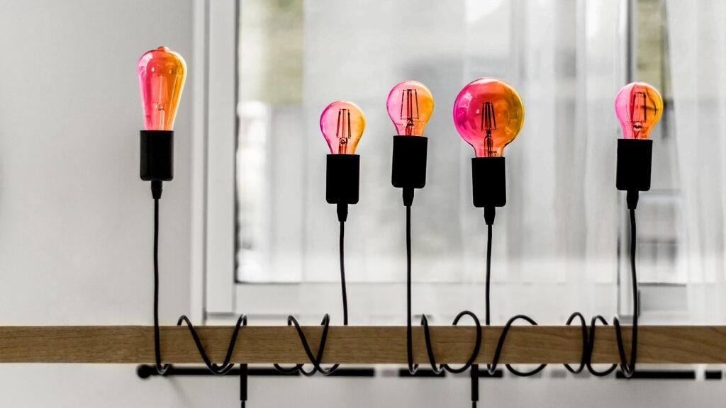 5 tools essenziali per il tuo lavoro che si accenderanno come lampadine.